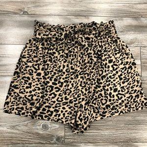 Hollister Leopard Paperbag Shorts